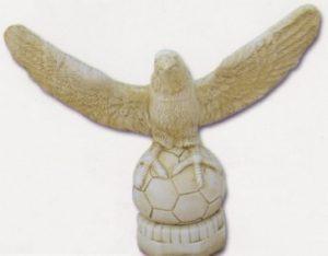 Aigle ailes ouvertes - sur ballon