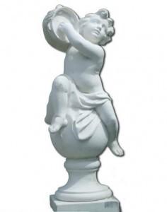 Enfant jouant de la timbale