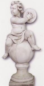 Enfant jouant du tambourin