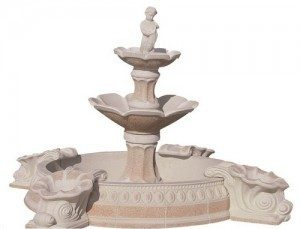 Fontaine projetée avec fillette