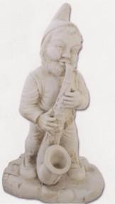 Nain avec saxophone